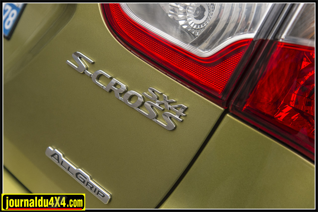 1518-scross-sx4-suzuki.jpg