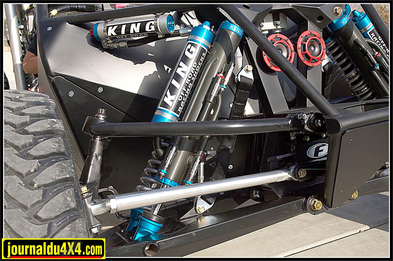 vx101-dakar-suspension-king.jpg