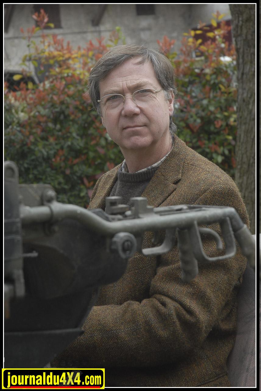 Philippe de Villefranche, patron bien connu de Land Service est un passionné de Land Rover depuis plus de 30 ans. Sa passion le poussera à acquérir quelques exemplaires très rares au fil du temps.