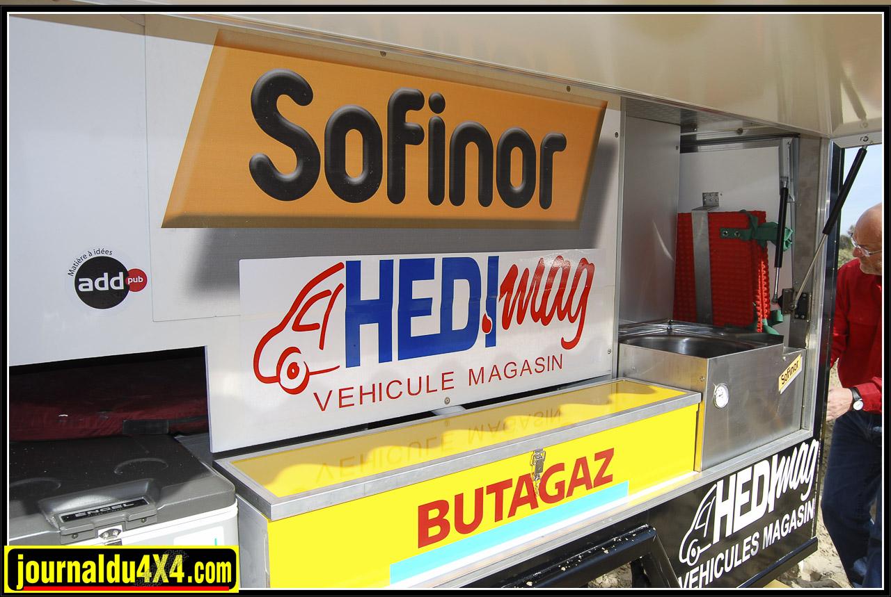 La partie friterie du véhicule : et oui, ils ont fait des frites sur le Dakar