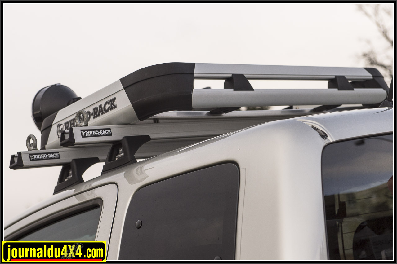 2908-hilux-outback-import-modulauto.jpg