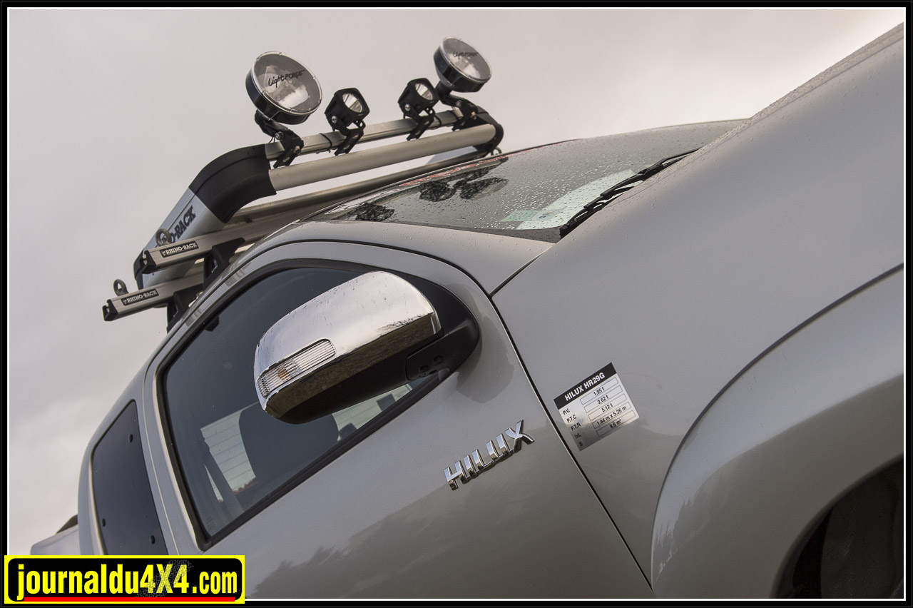 2968-hilux-outback-import-modulauto.jpg