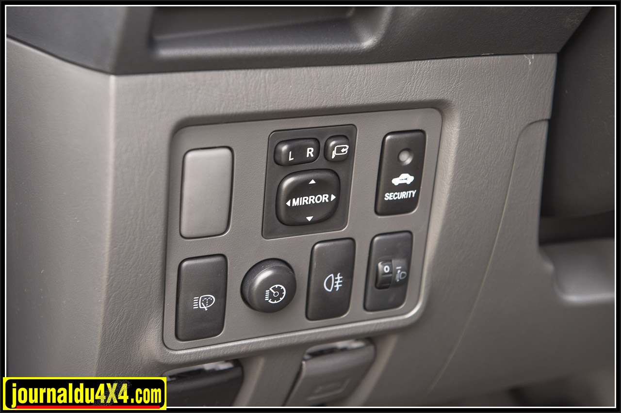 2981-hilux-outback-import-modulauto.jpg