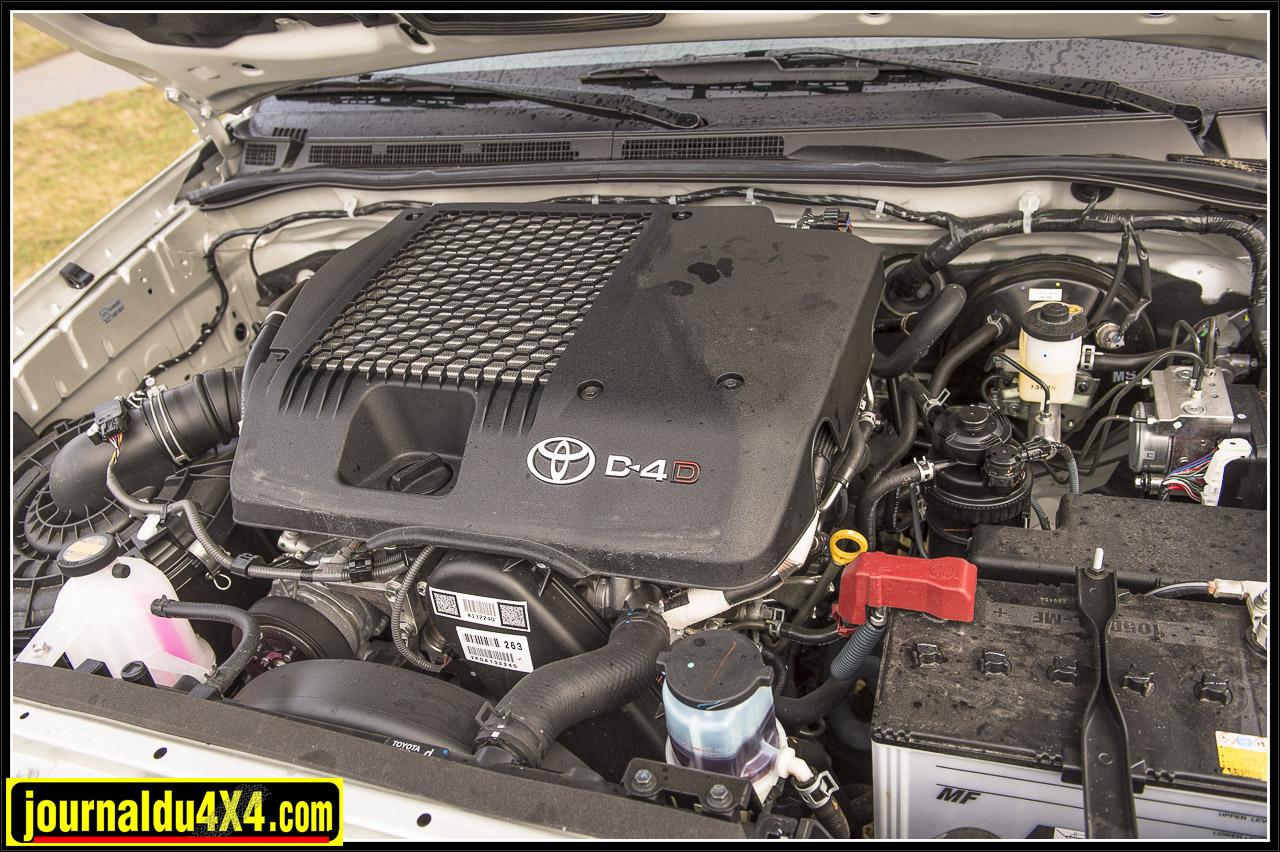 D4D 2.5L 4cyl. inj. directe turbo -  144ch - 3400tr/min  Couple :343 Nm - 1600tr/min