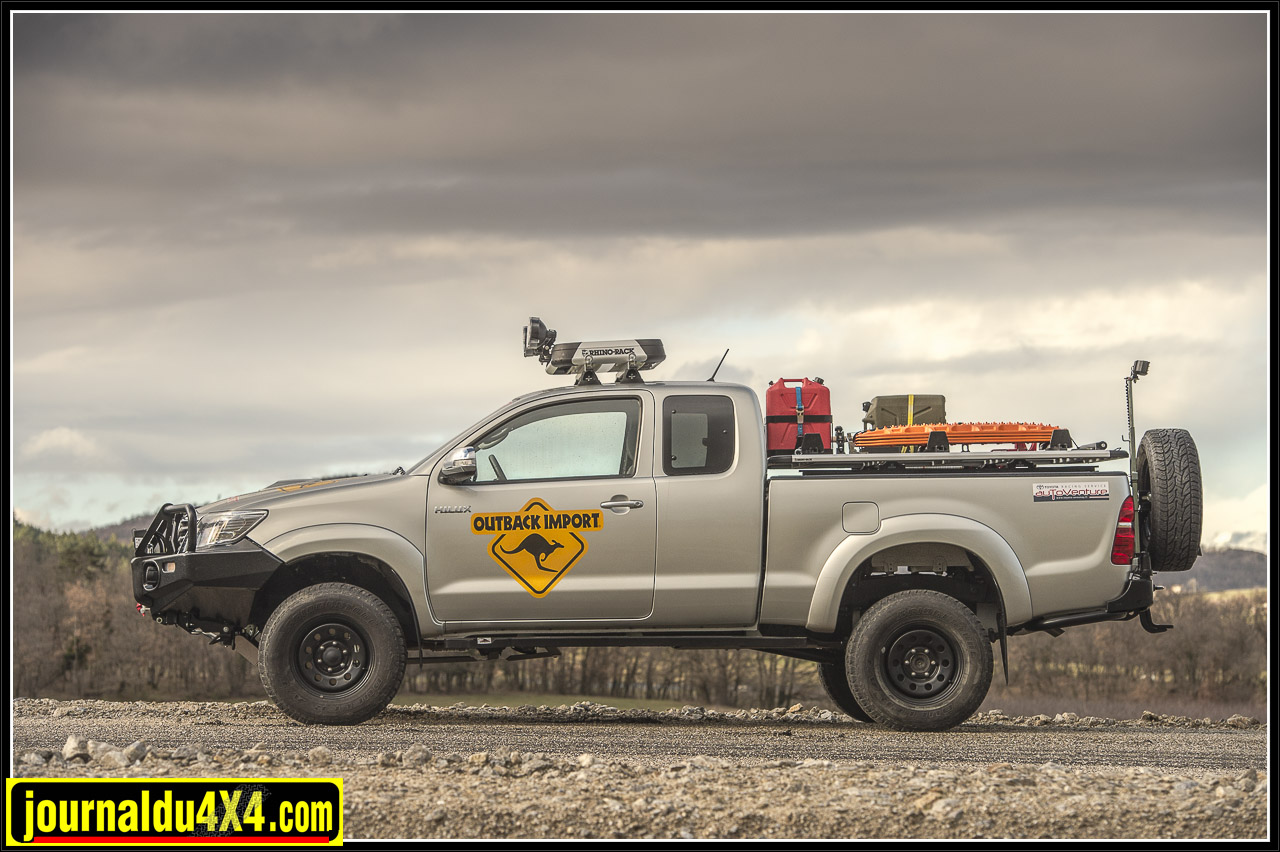 3278-hilux-outback-import-modulauto.jpg