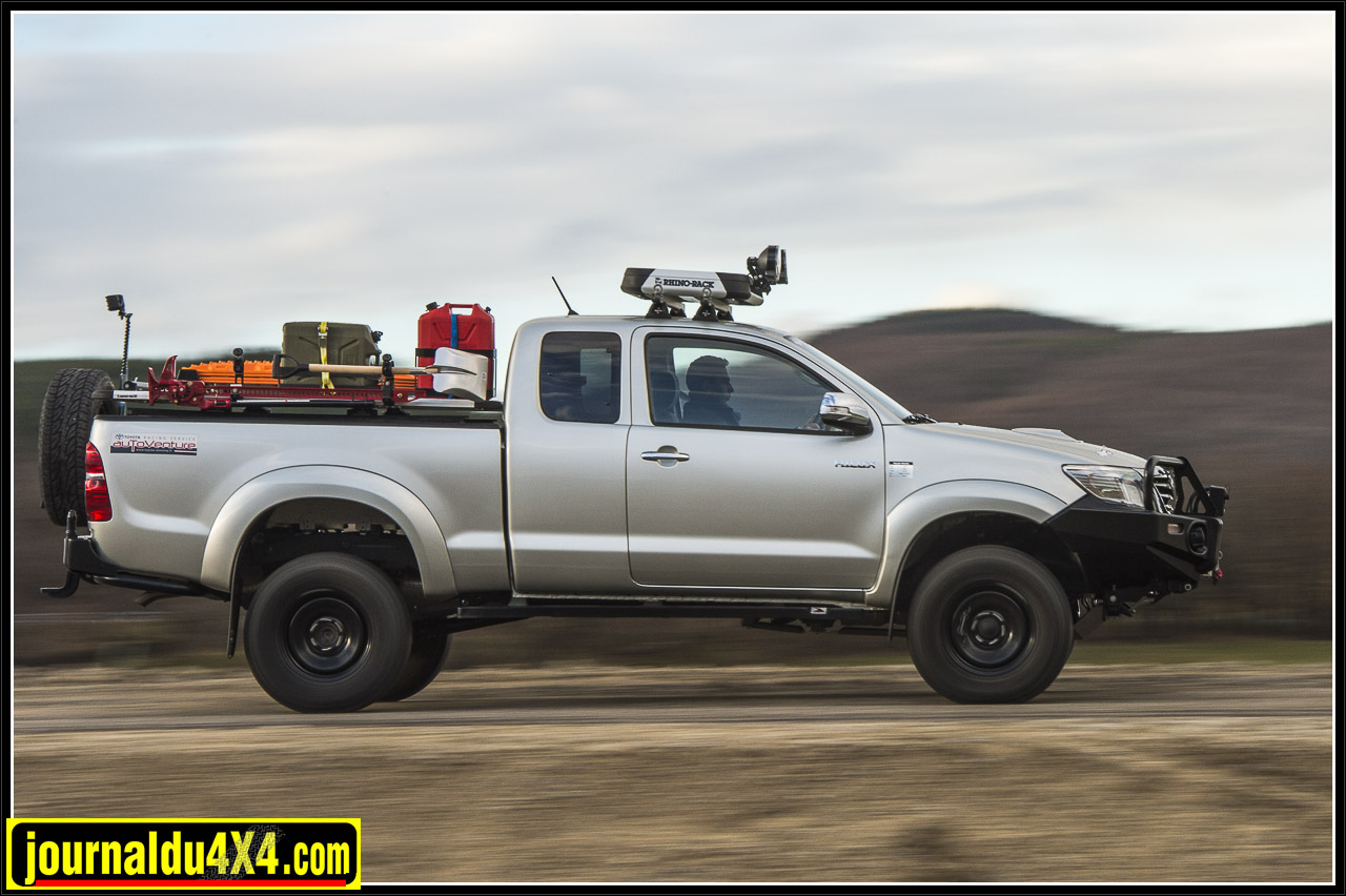 3395-hilux-outback-import-modulauto.jpg