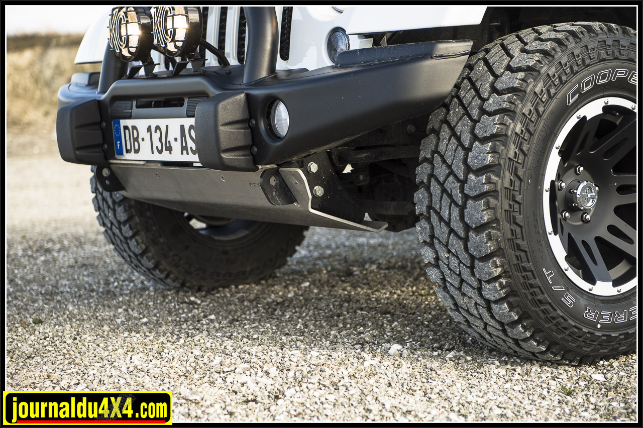 3856-jeep-faster-reims.jpg