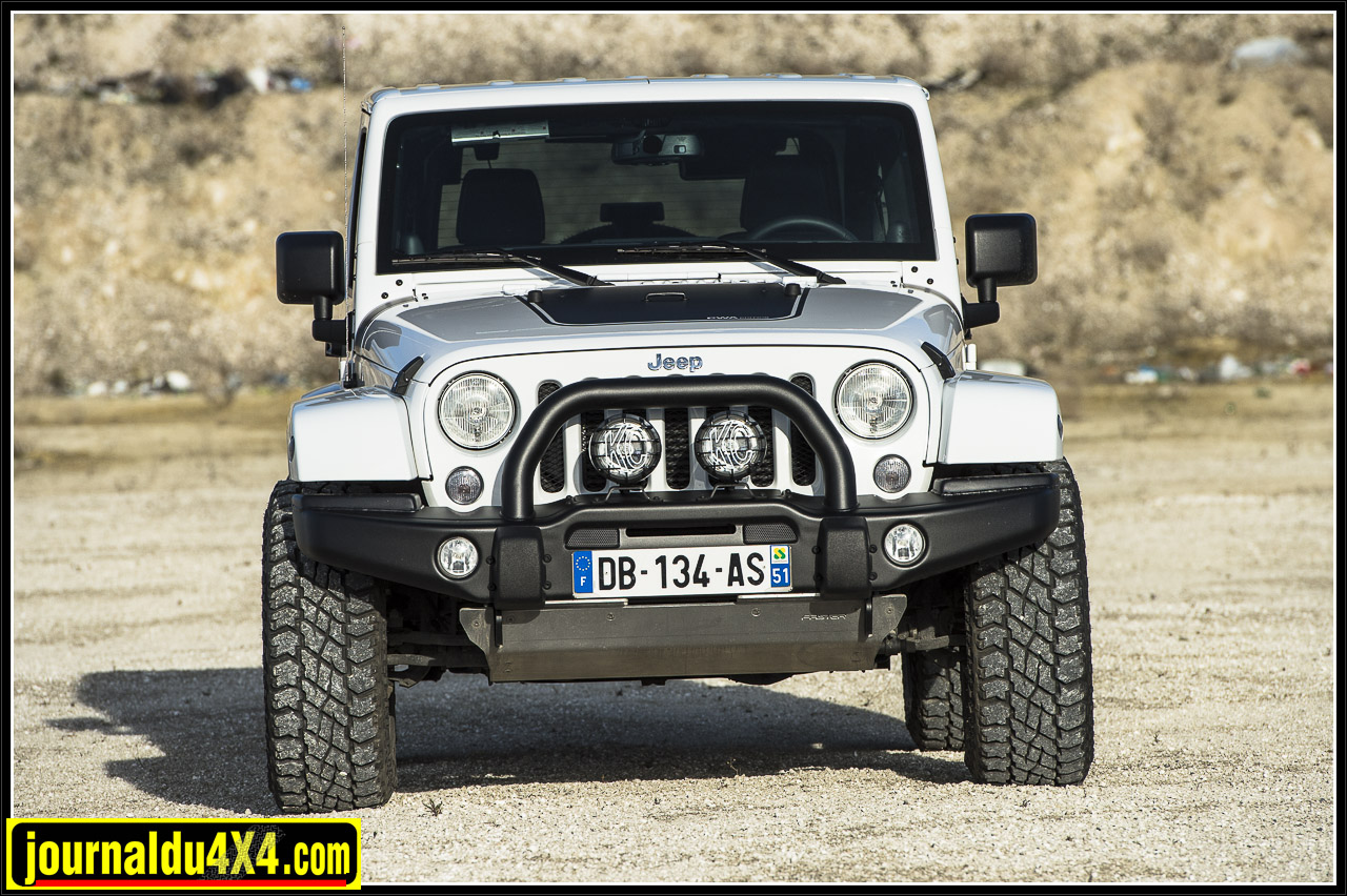 3922-jeep-faster-reims.jpg