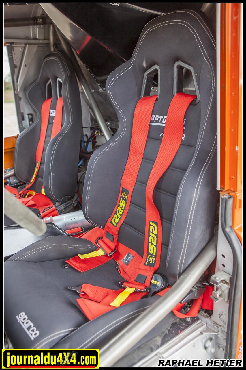 sièges baquets Raptor 4x4 by Sparco