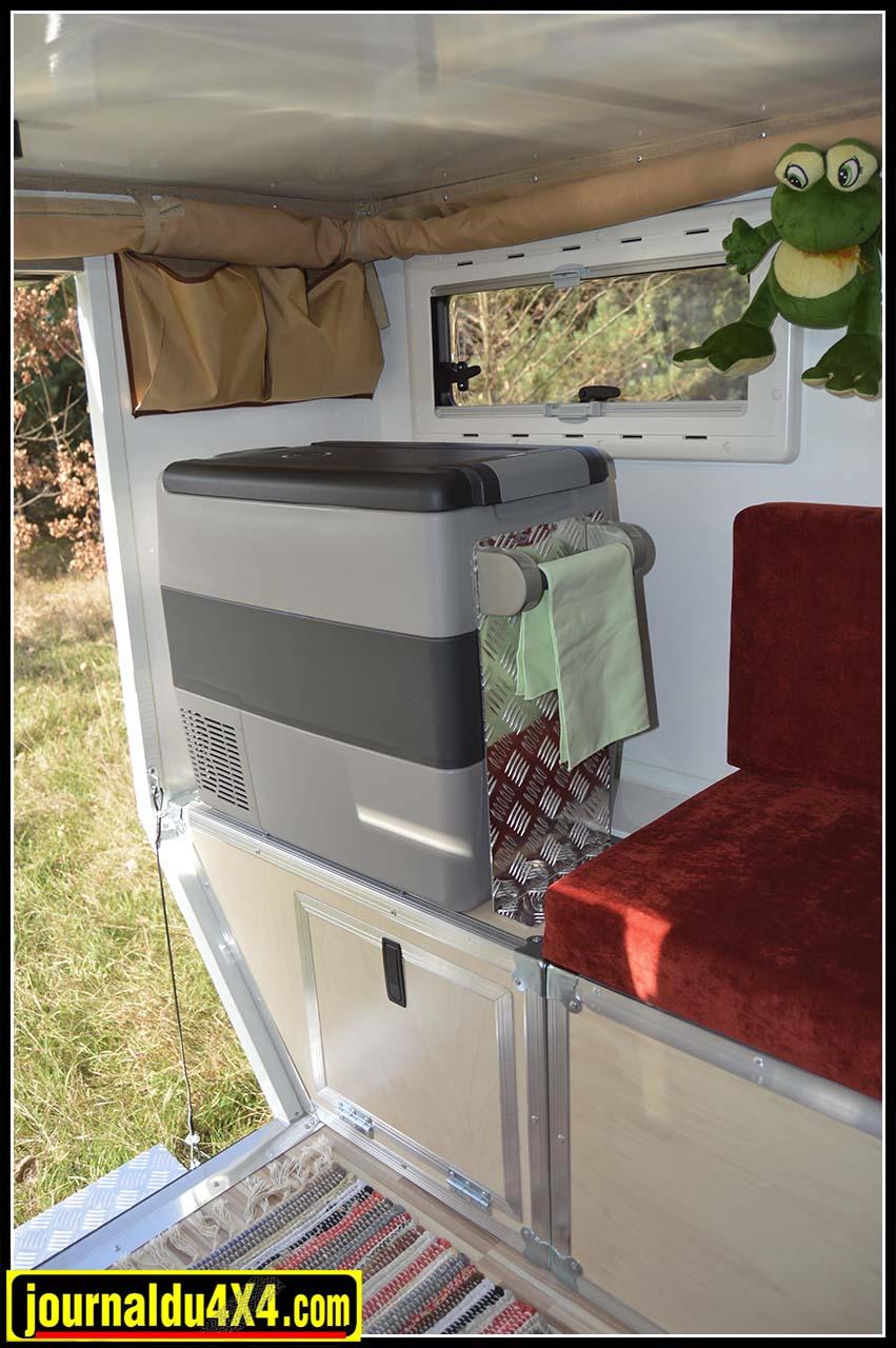 frigo4x4-cellule-all-terrain-cabine-globecamper.jpg