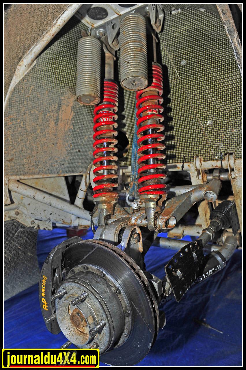 Les renforts au niveau des ancrages de doubles suspensions démontrent le soin apporté à la réalisation de ce châssis tubulaire en chrome- molybdène (25CrMo4)