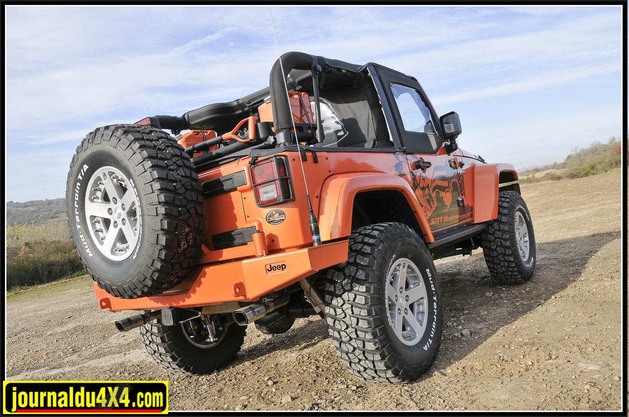 Pare-chocs et porte roue Mopar pour Jeep.