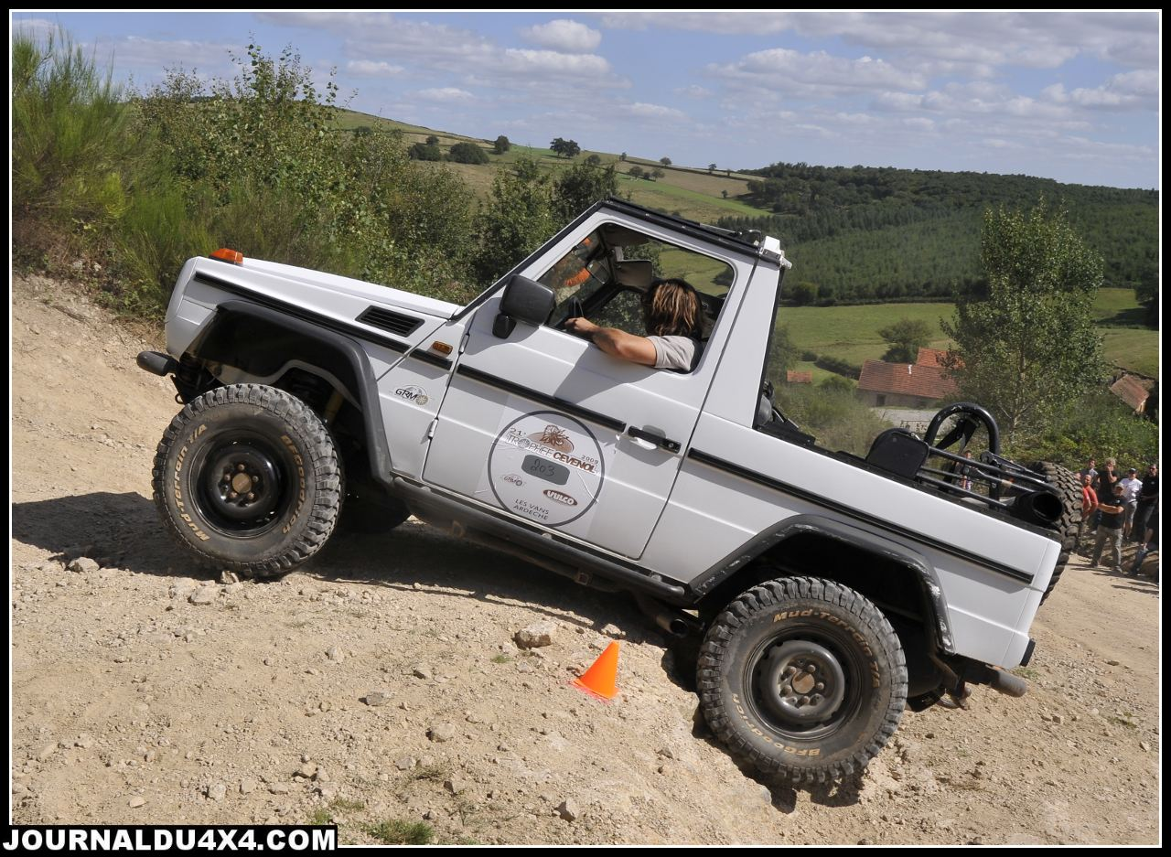 Le 300 GE de Laurent au premier rassemblement Pirate 4x4 en 2009