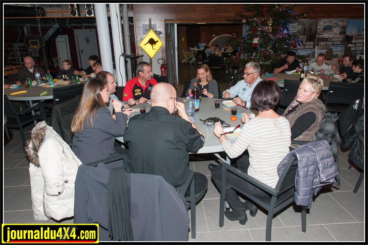 Tous les clients ont apprécié le dîner offert