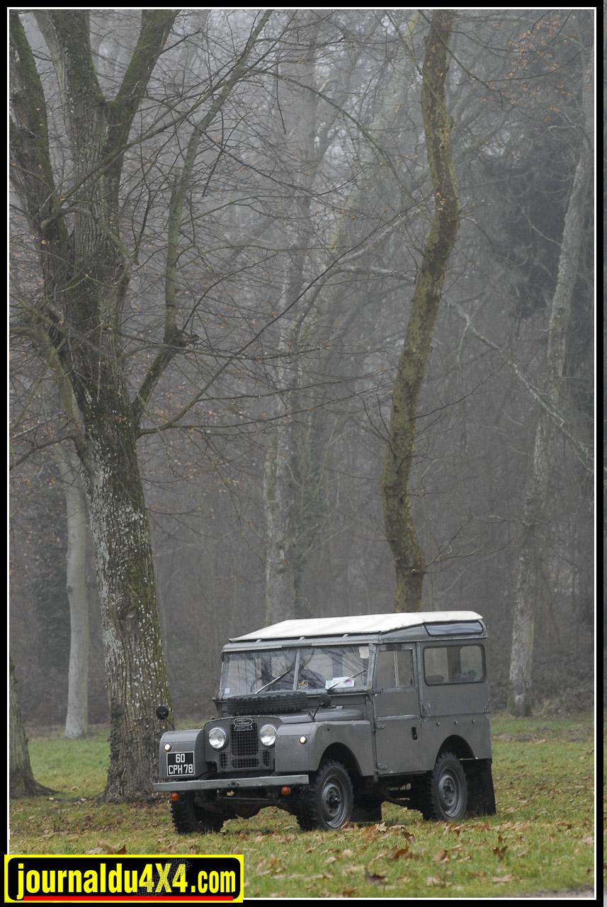 land_rover_serie_1-1-69.jpg