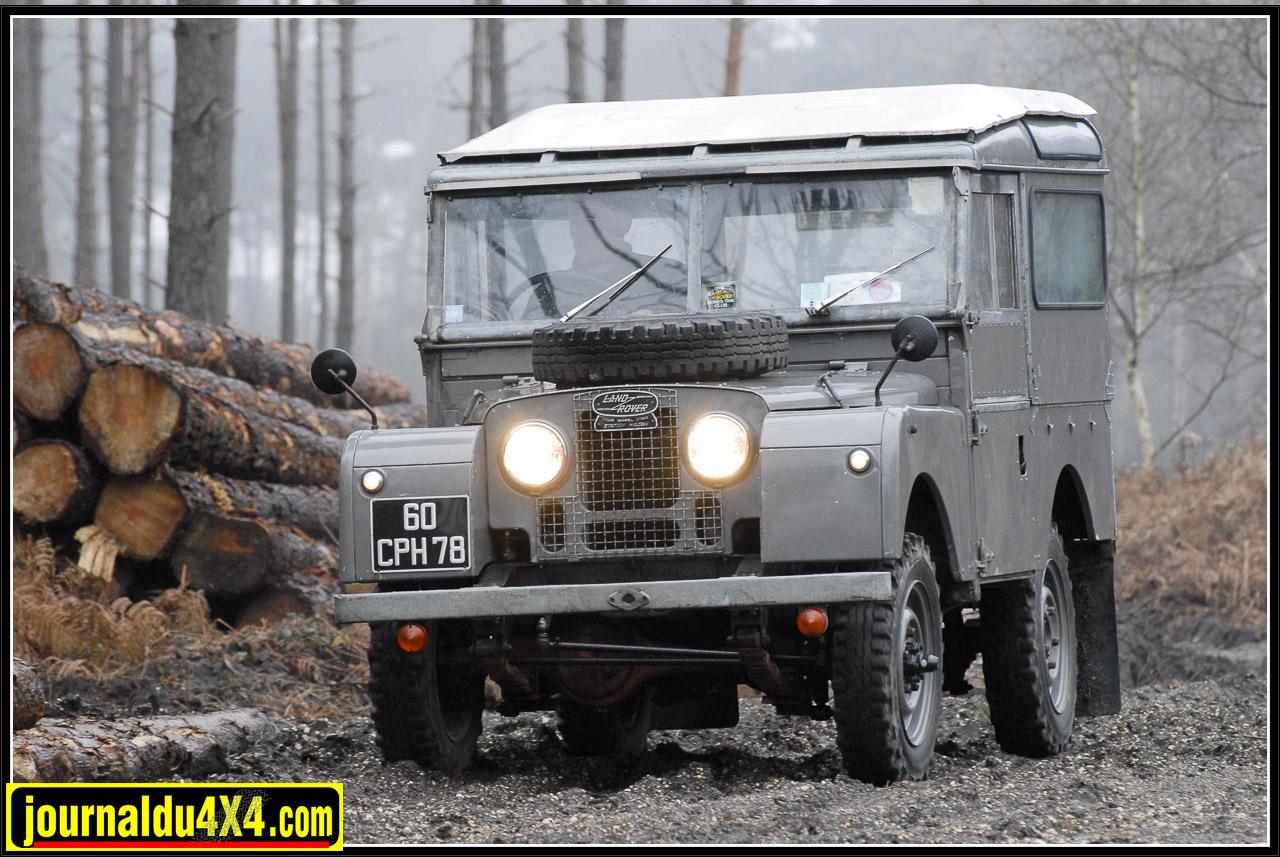 land_rover_serie_1-1-81.jpg