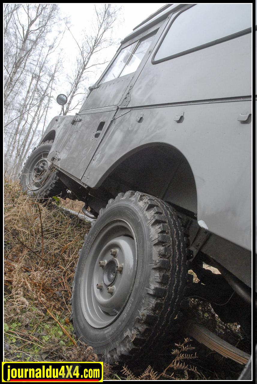 land_rover_serie_1-1-91.jpg