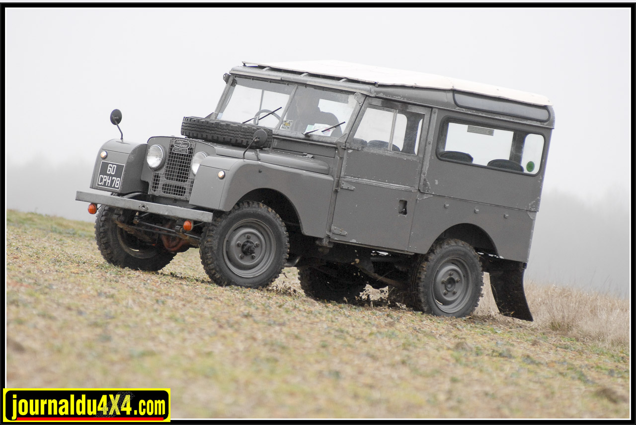 land_rover_serie_1-1-93.jpg