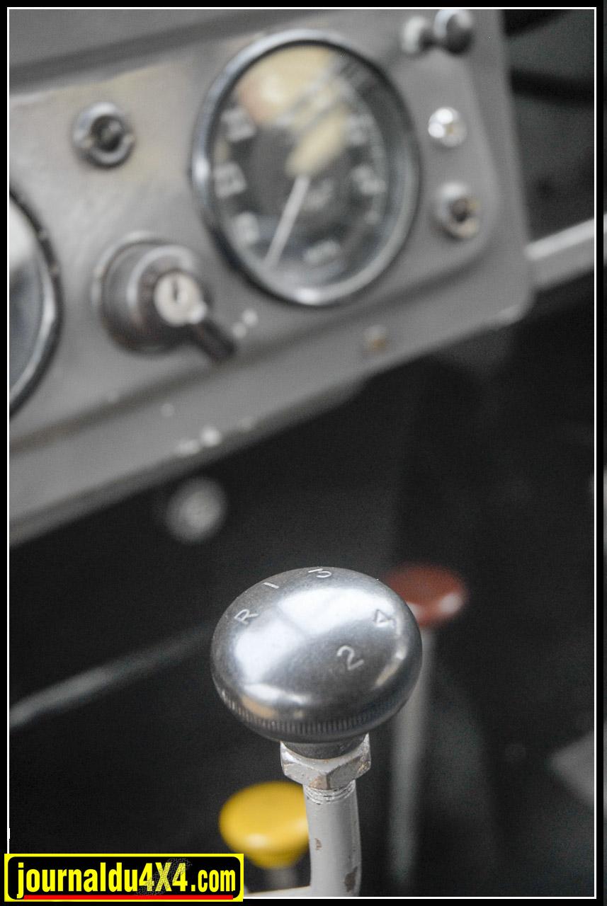 levier_de_vitesse_land_rover_serie_1.jpg