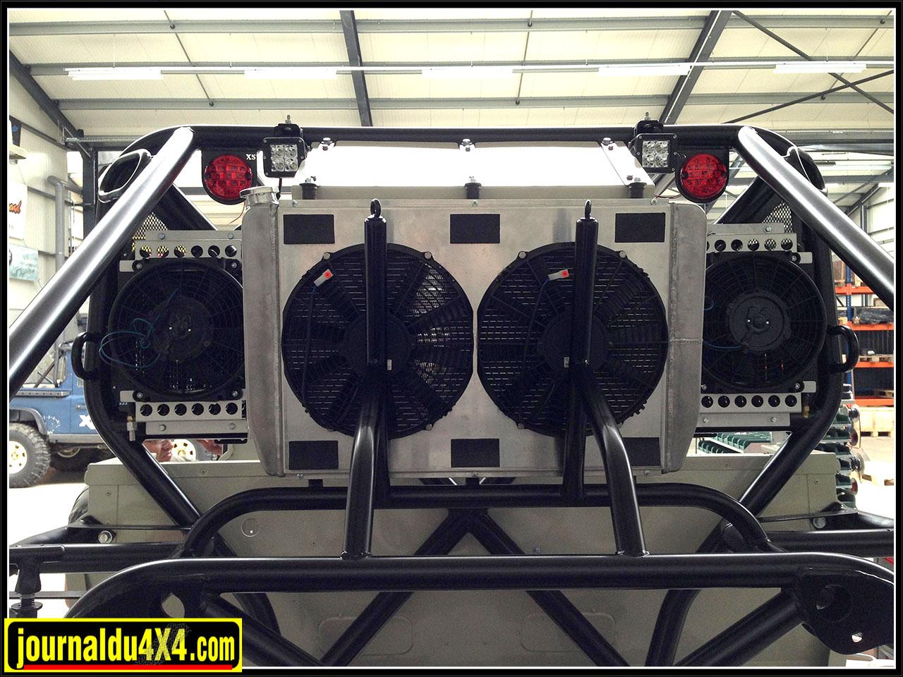 les radiateurs de gauche à droite : huile de boîte, moteur, huile moteur
