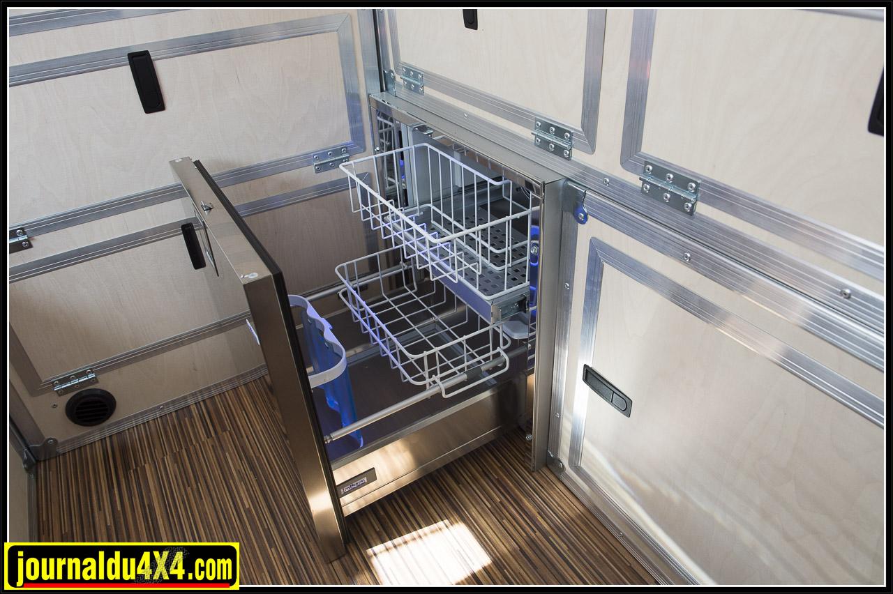 un frido tiroir