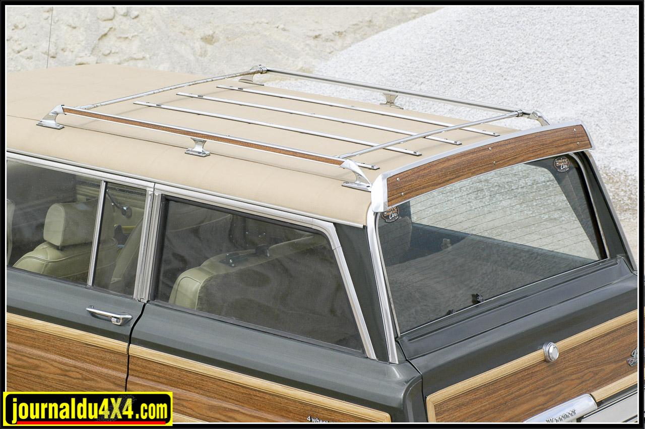 Spoiler arrière, chrome et faux bois…tuning des «70's»