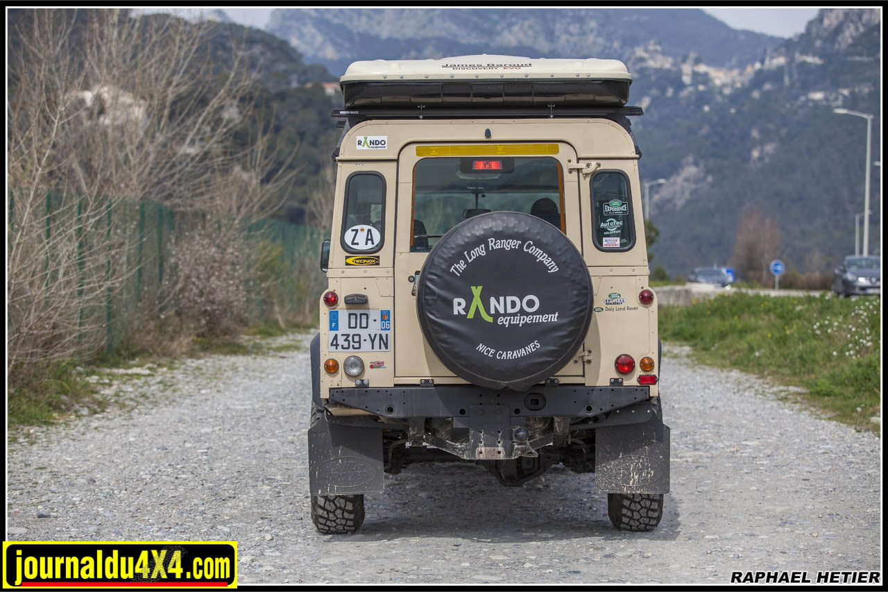 land_rover_defender_147_0241.jpg