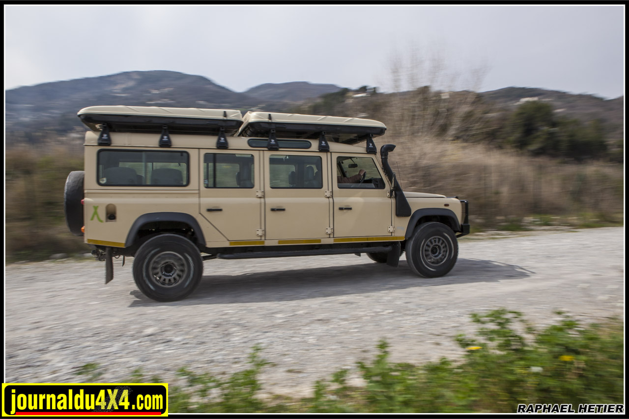 land_rover_defender_147_1263.jpg