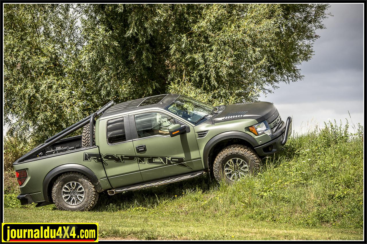 ford-raptor-f150-_62-v8-svt_-6252.jpg
