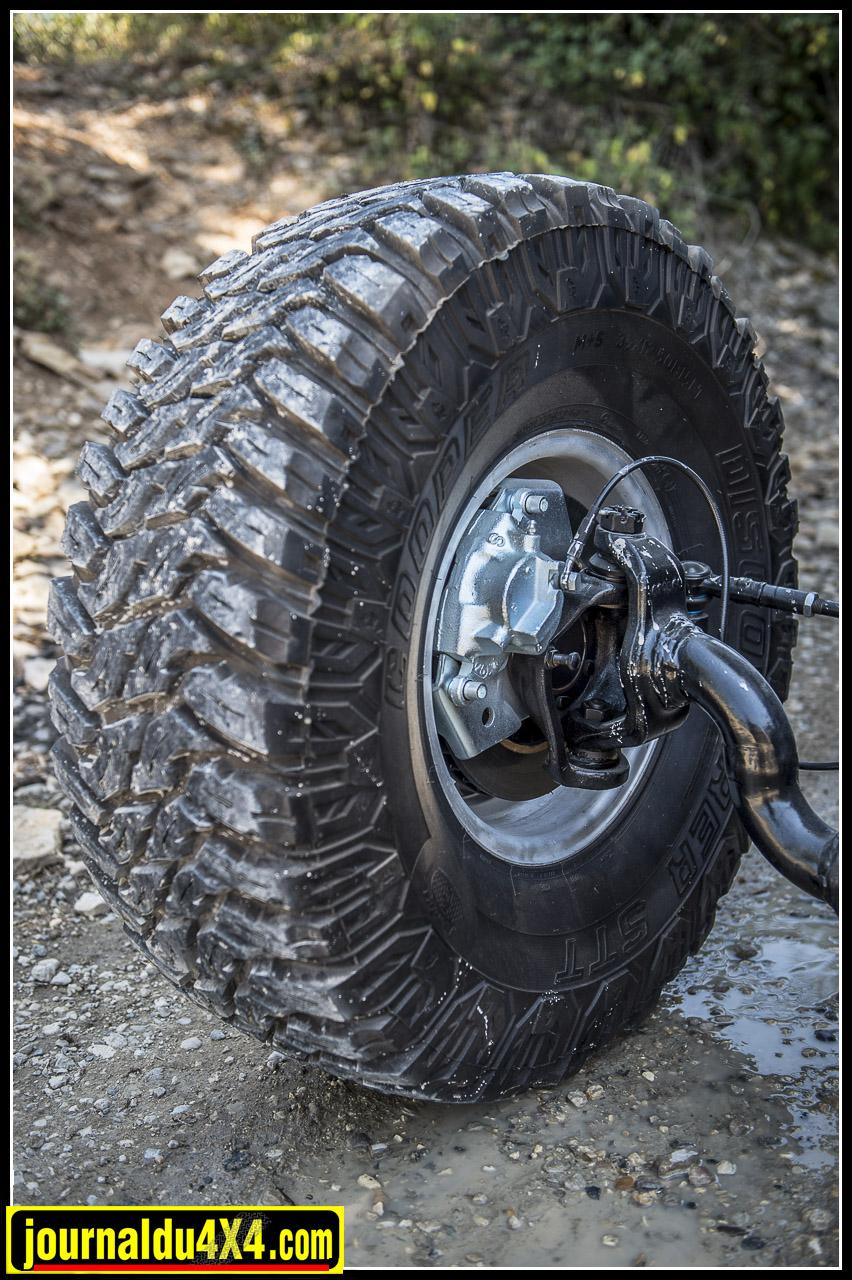 jeep-hotrod-v8-3670.jpg
