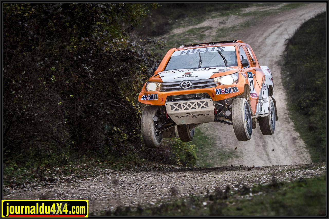 Hilux Dakar Overdrive Toyota France Compétition