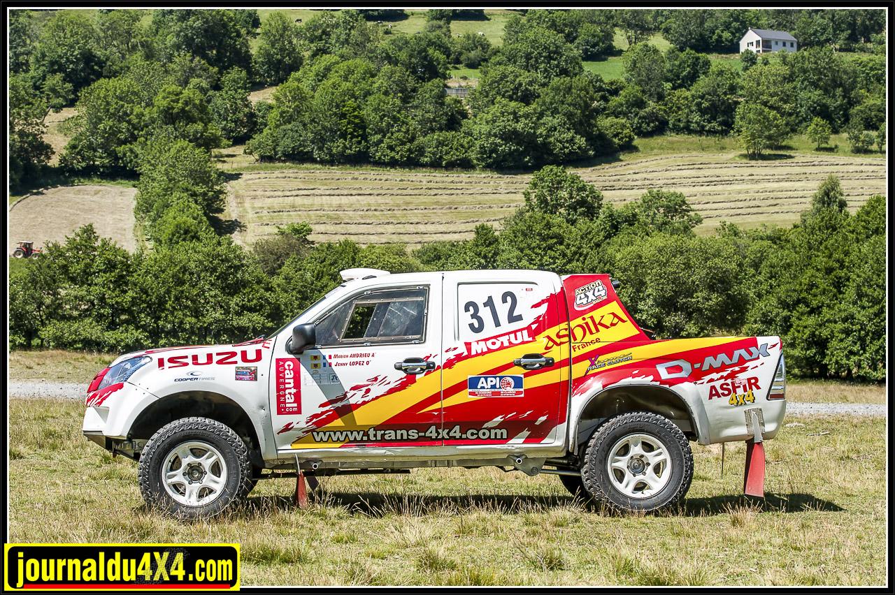 isuzu-dmax-t2b-rallye-tout-terrain-trans4x4-09.jpg