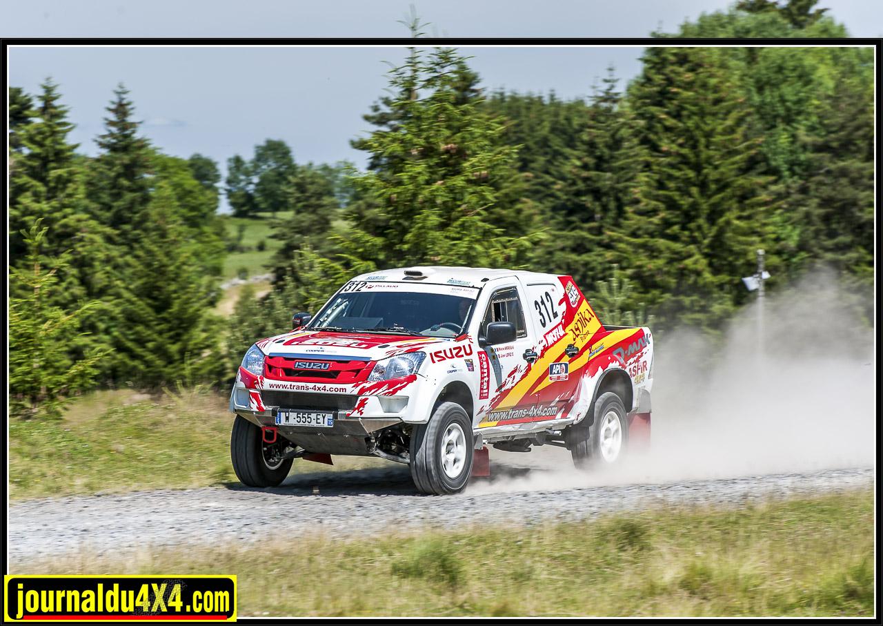 isuzu-dmax-t2b-rallye-tout-terrain-trans4x4-24.jpg