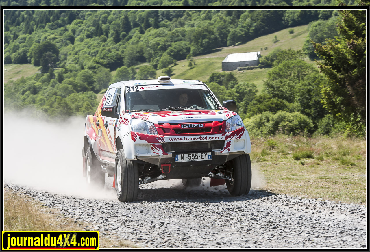 isuzu-dmax-t2b-rallye-tout-terrain-trans4x4-29.jpg