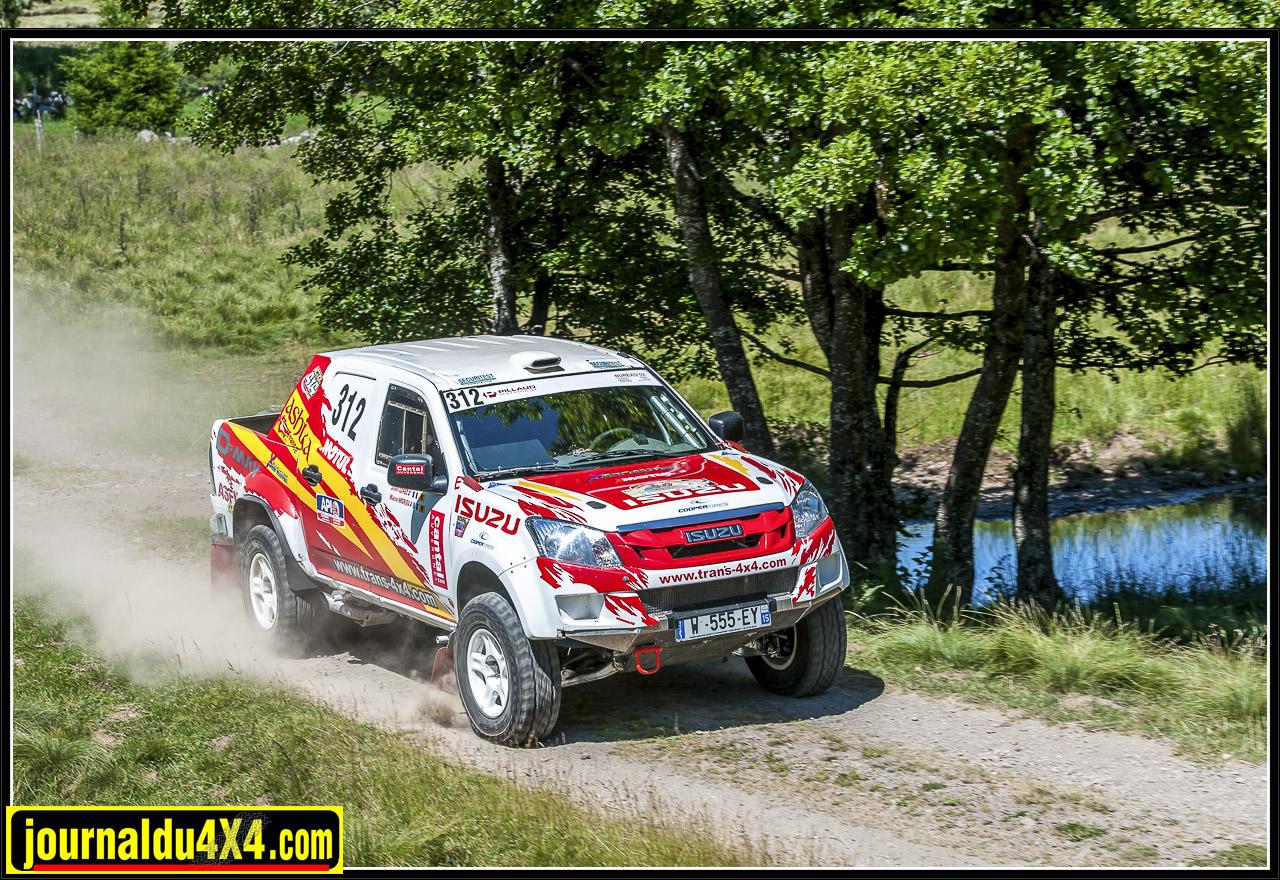 isuzu-dmax-t2b-rallye-tout-terrain-trans4x4-33.jpg