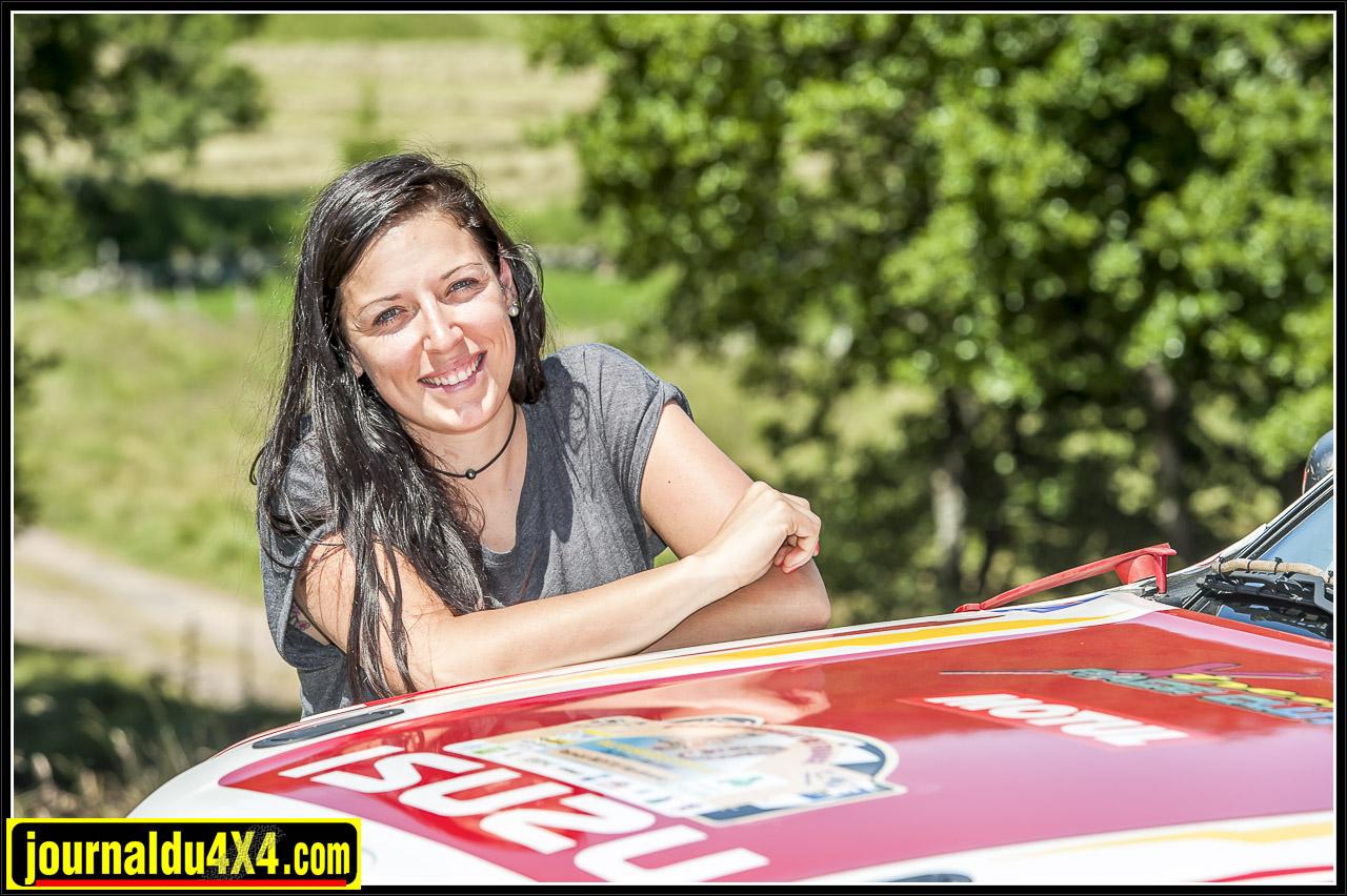 isuzu-dmax-t2b-rallye-tout-terrain-trans4x4-41.jpg