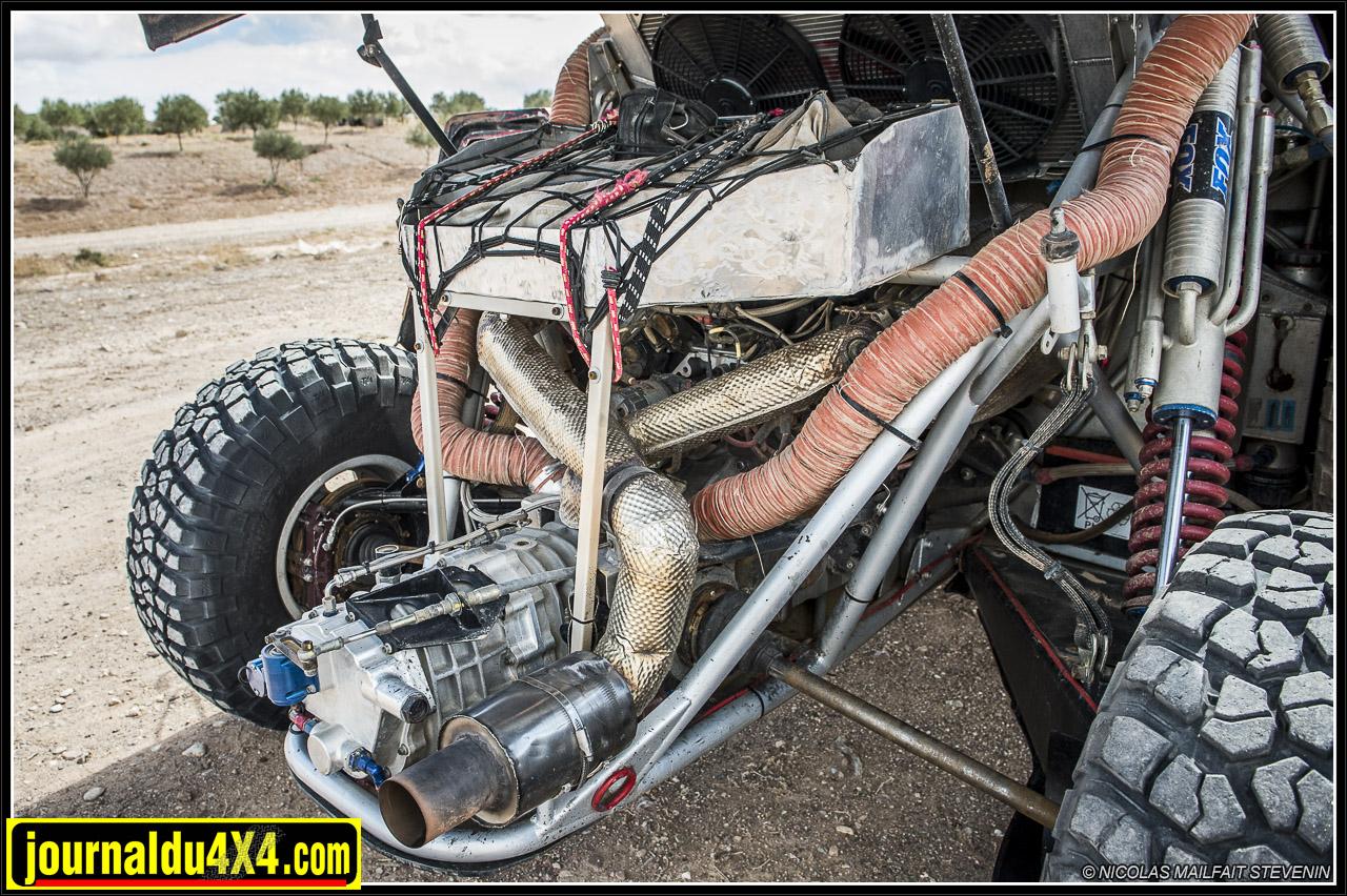 La boîte de vitesse, les cardans sont très facilement accessible en cas de réparations