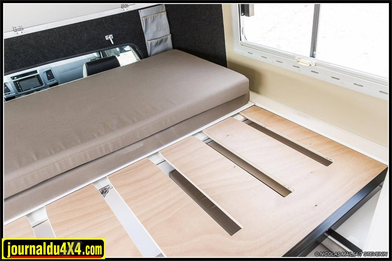 on tire la planche et il ne reste plus qu'à mettre en place les coussins pour avoir son lit !