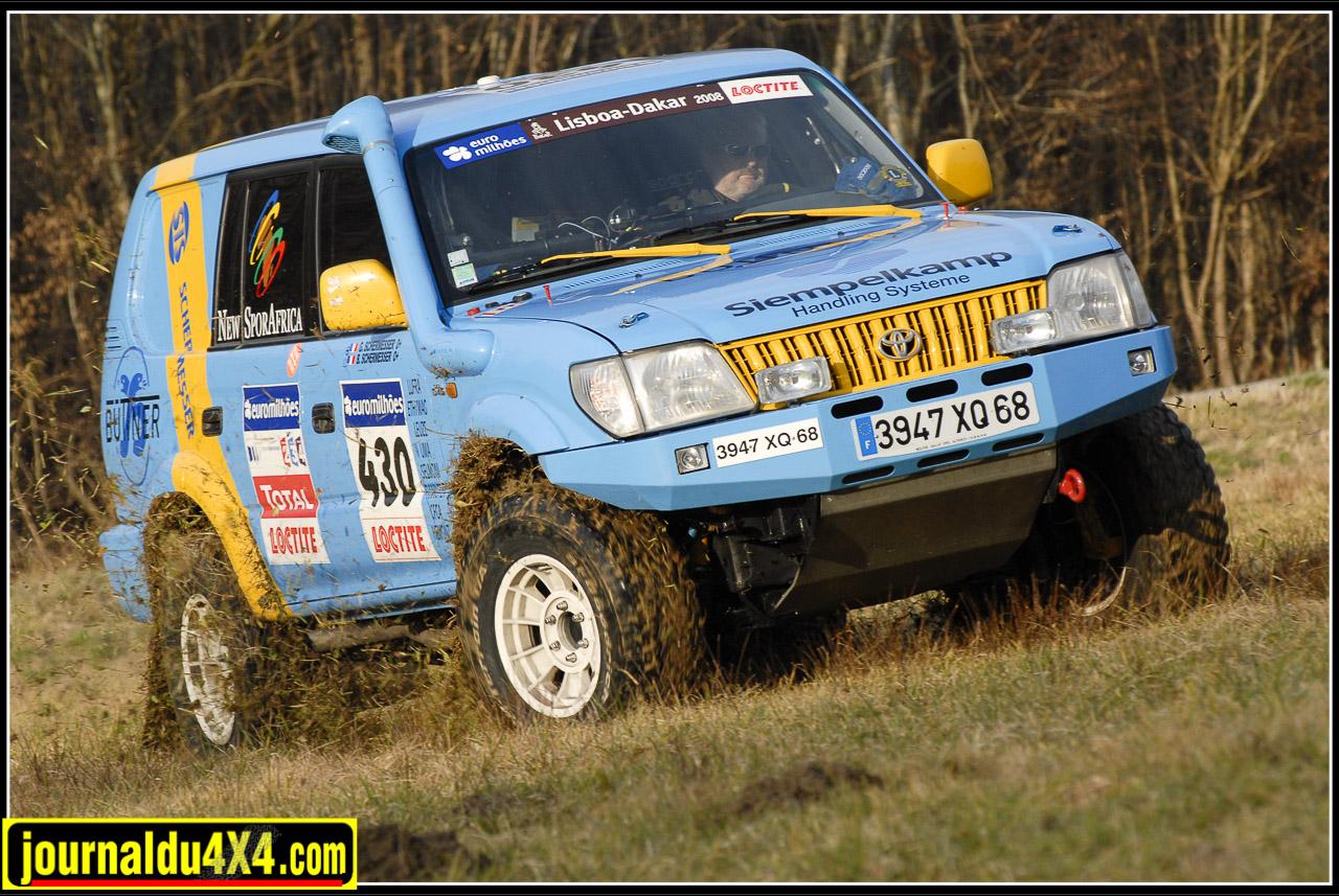 toyota-kdj-95-rallye-raid--29.jpg