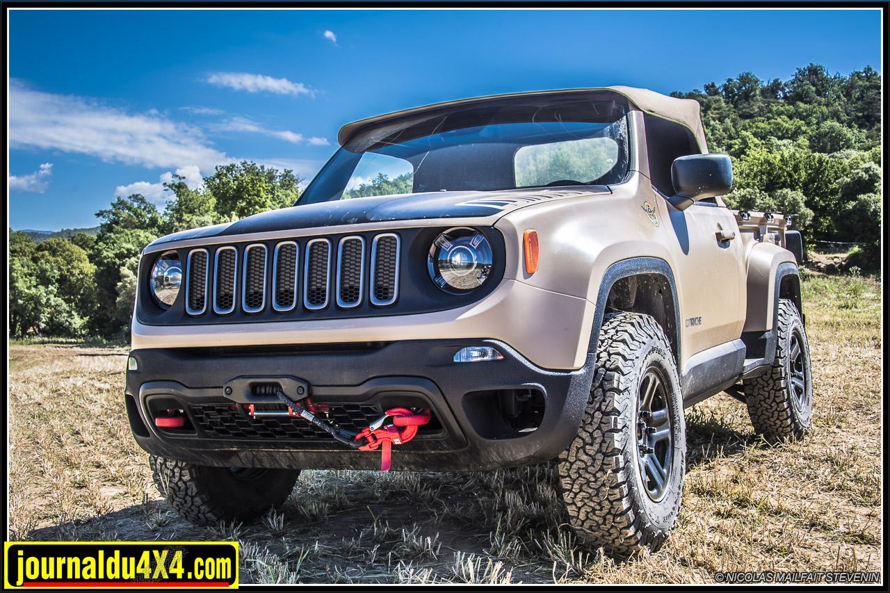 Jeep-pickup-comanche-renegade-6196.jpg