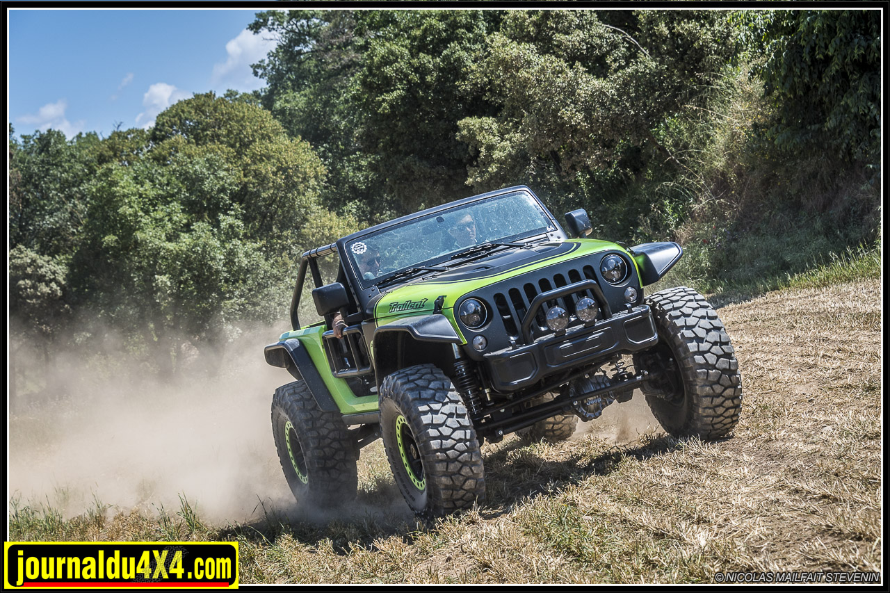 Jeep-trailcat-hellcat-v8-wrangler-6306.jpg
