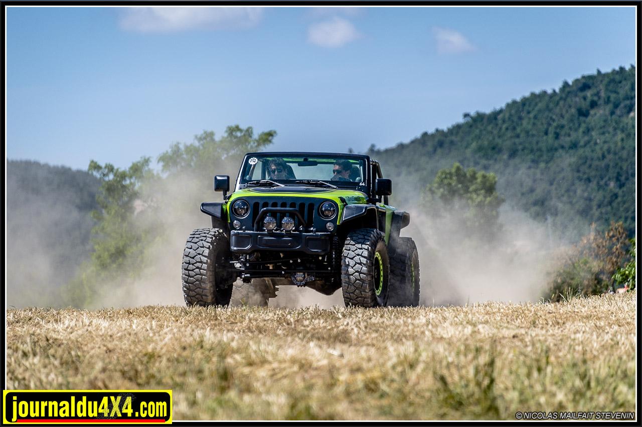 Jeep Trailcat Wrangler V8 6.2l HellCat