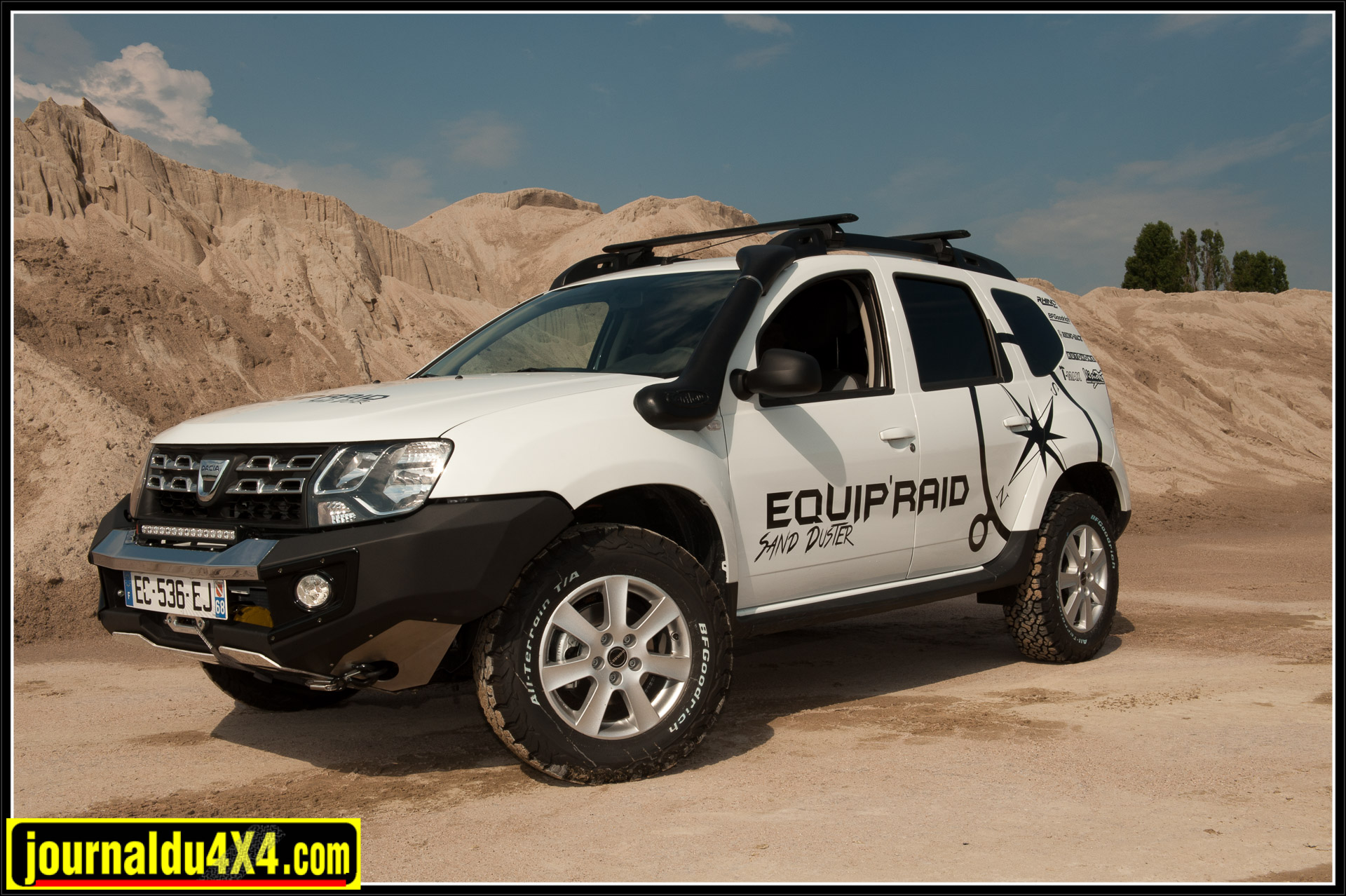 sand duster d equip raid magazine 4x4 suv. Black Bedroom Furniture Sets. Home Design Ideas