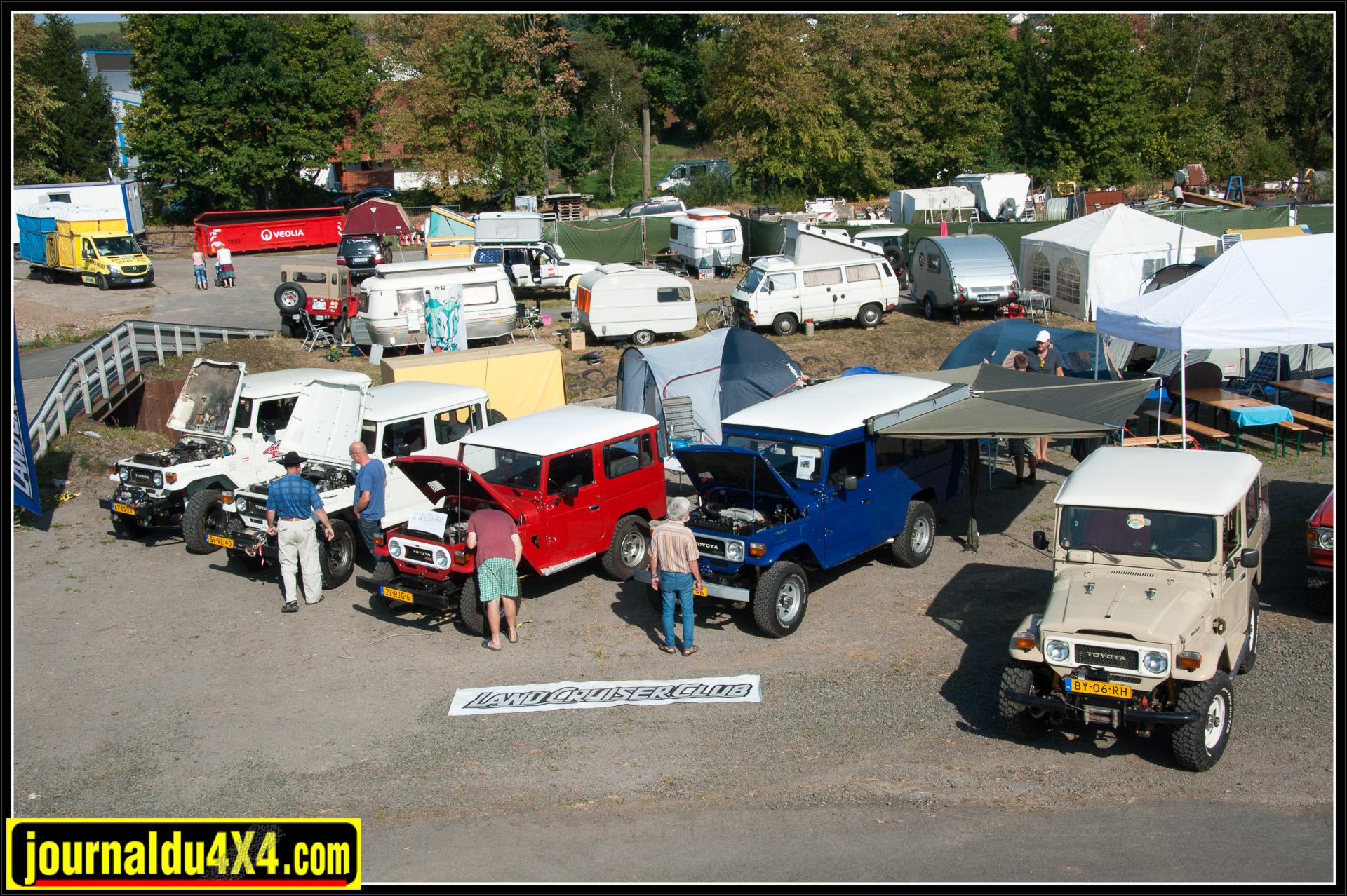 Le Land Cruiser Club des Pays-Bas était venu en force avec de nombreux séries 4.