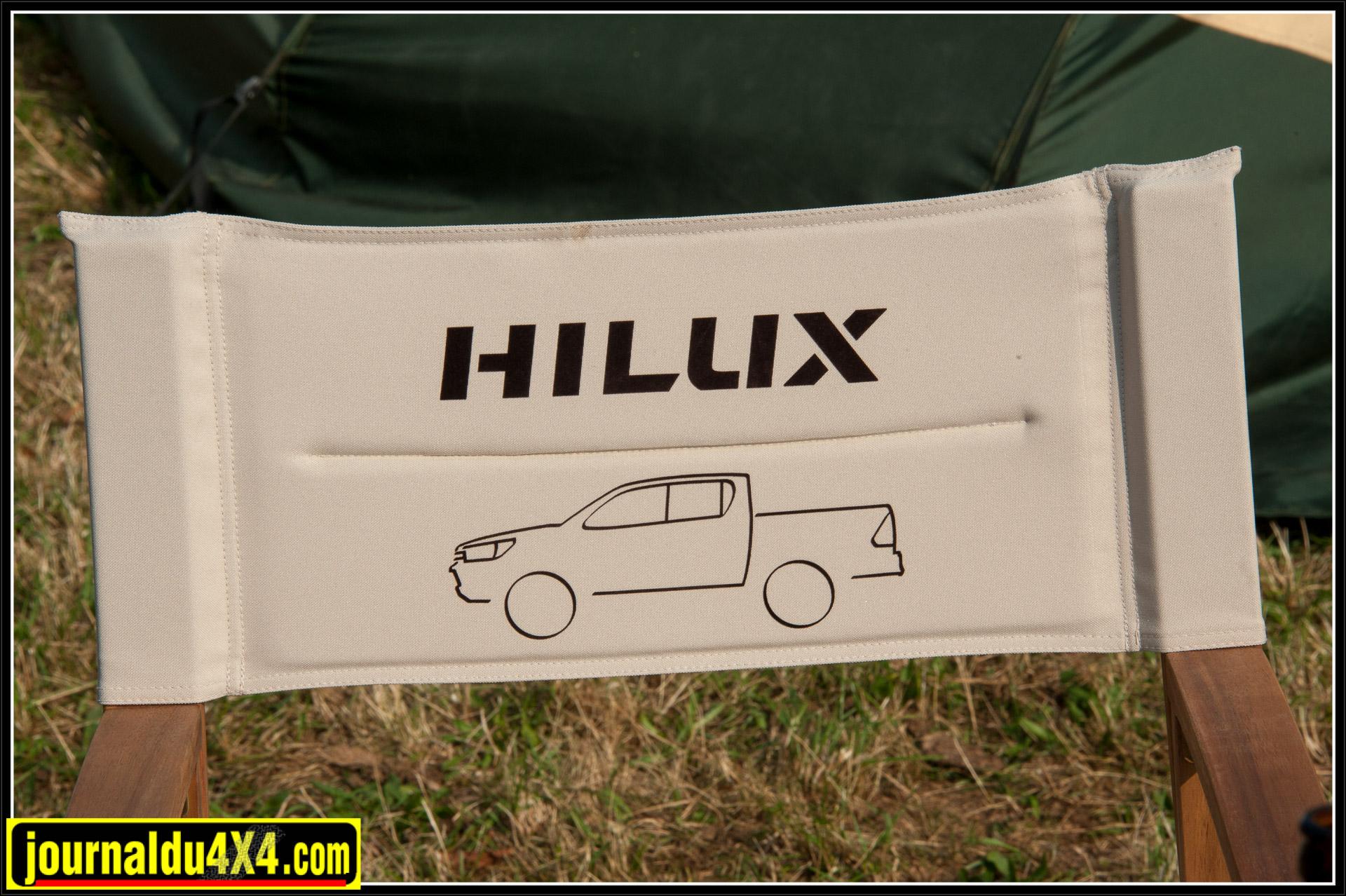 Toyota Allemagne est venu avec quelques Hi-Lux dernière génération.