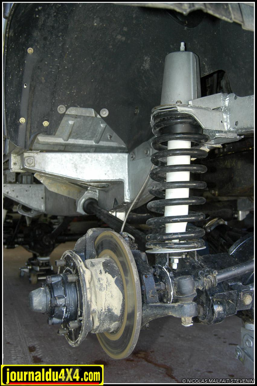 land-rover-109-0009.jpg