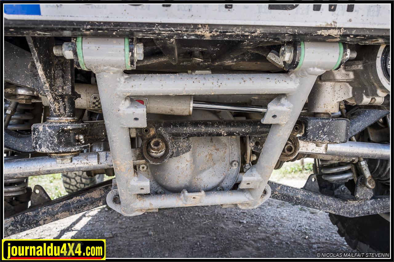 le sous châssis qui permet le montage de la suspension IFS de la Jeep