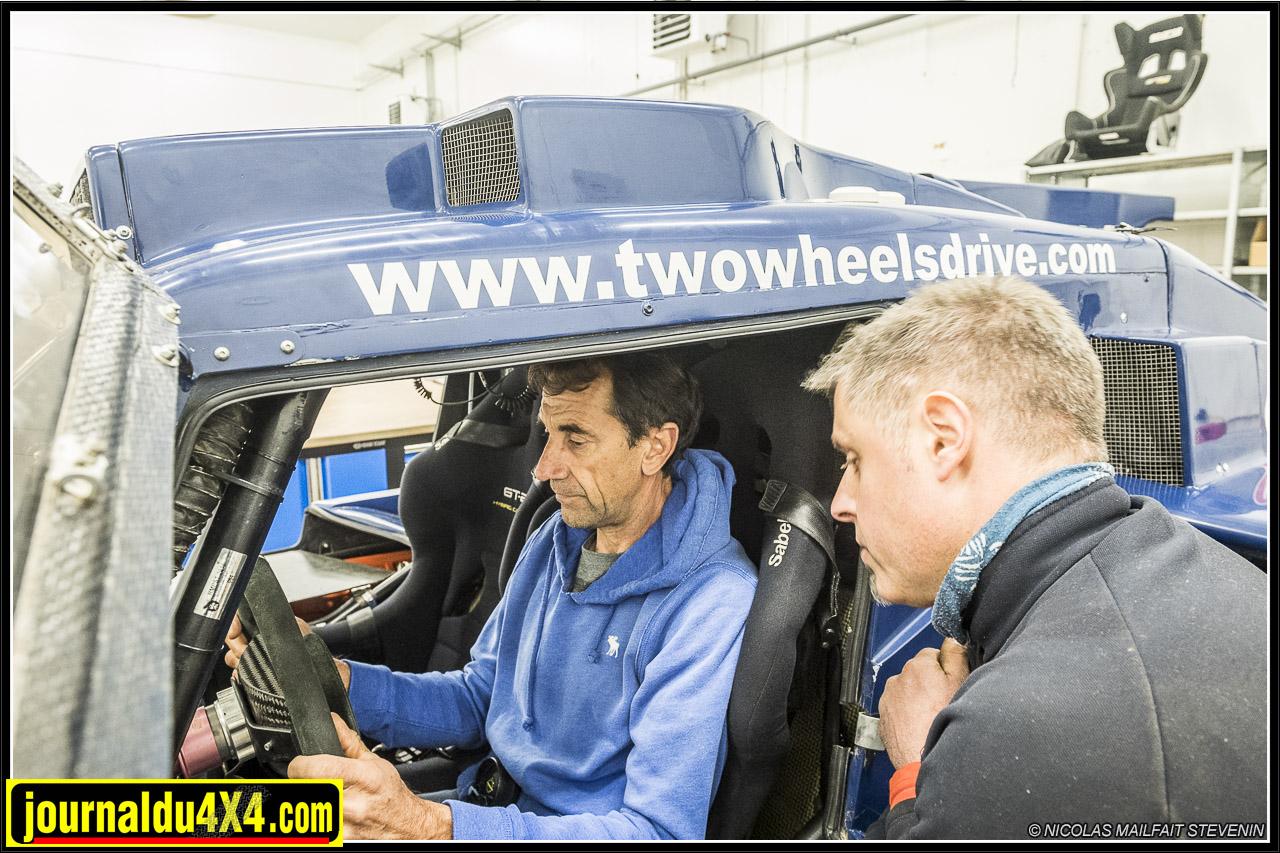 réglage de la position de conduite pour Thierry Magnaldi