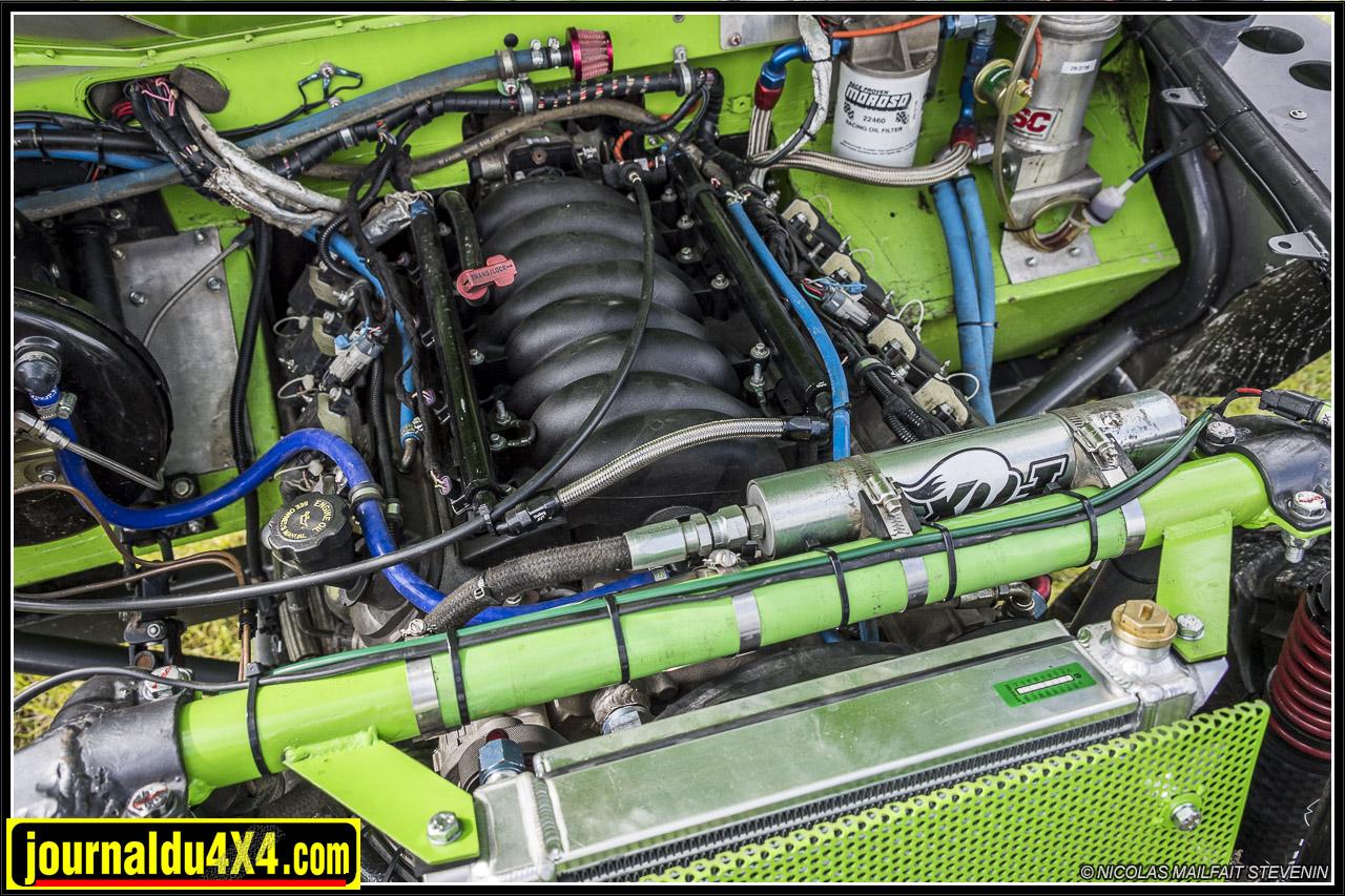 Un joli bloc GM LS1 V8 de 5700cc qui développe 400ch
