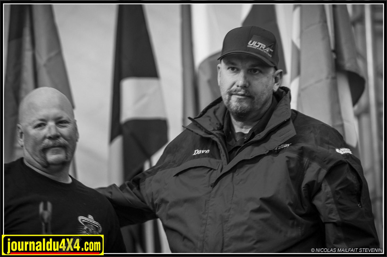 JT Taylor directeur de course et Dave Cole directeur ULTRA4